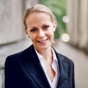 Dr. Laura Noster